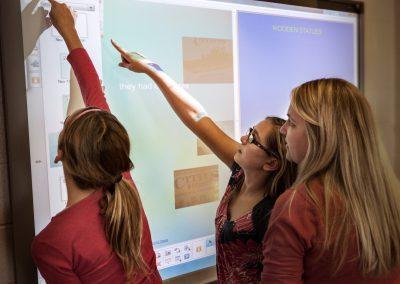 bảng tương tác trong giáo dục